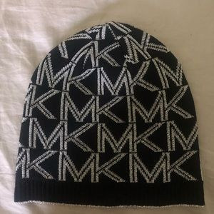 Michael Kors hat